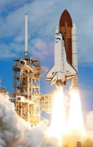 rocket-launch-67649_640-by-wikiimages-pixabay-com